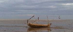 perahu terdampar